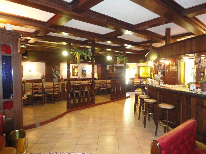 Golden Cock Pub